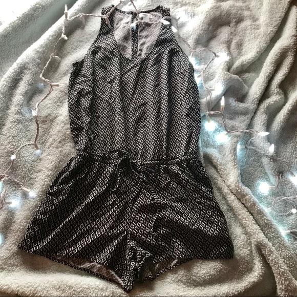 Old Navy Pants - black and white diamond pattern romper